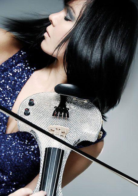 linzi stoppard electric violinist-swarovski crystal string quartet