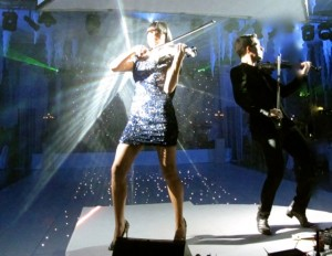 Corporate event entertainment - Fuse violinists always have an eye-catching light show