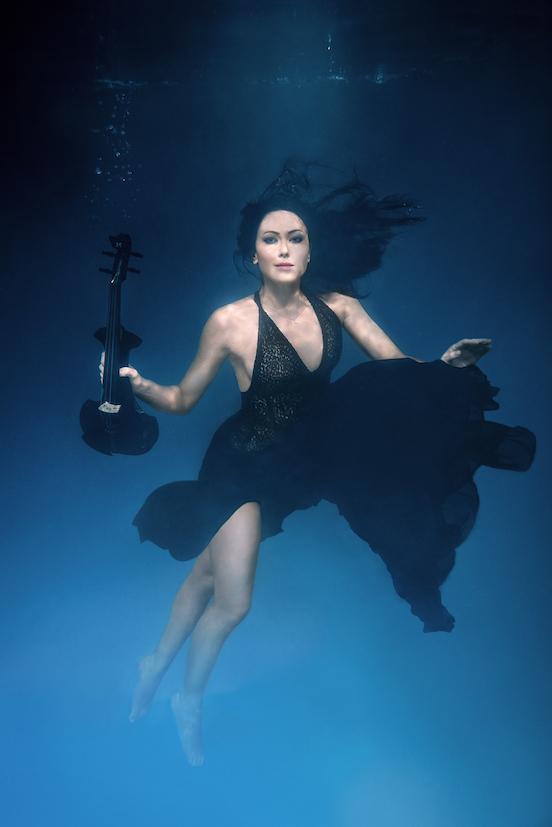 linzi stoppard fuse violinist underwater shoot